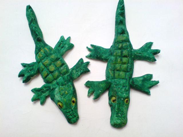 Крокодилы из пластилина